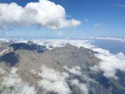 Wolkenbasis bei 4000m - recht gehts nach Italien