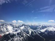 Viel Schnee und wenig  Wolken in den hohen Bergen