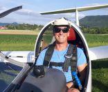 startbereit - ohne Fluglehrer im Doppelsitzer